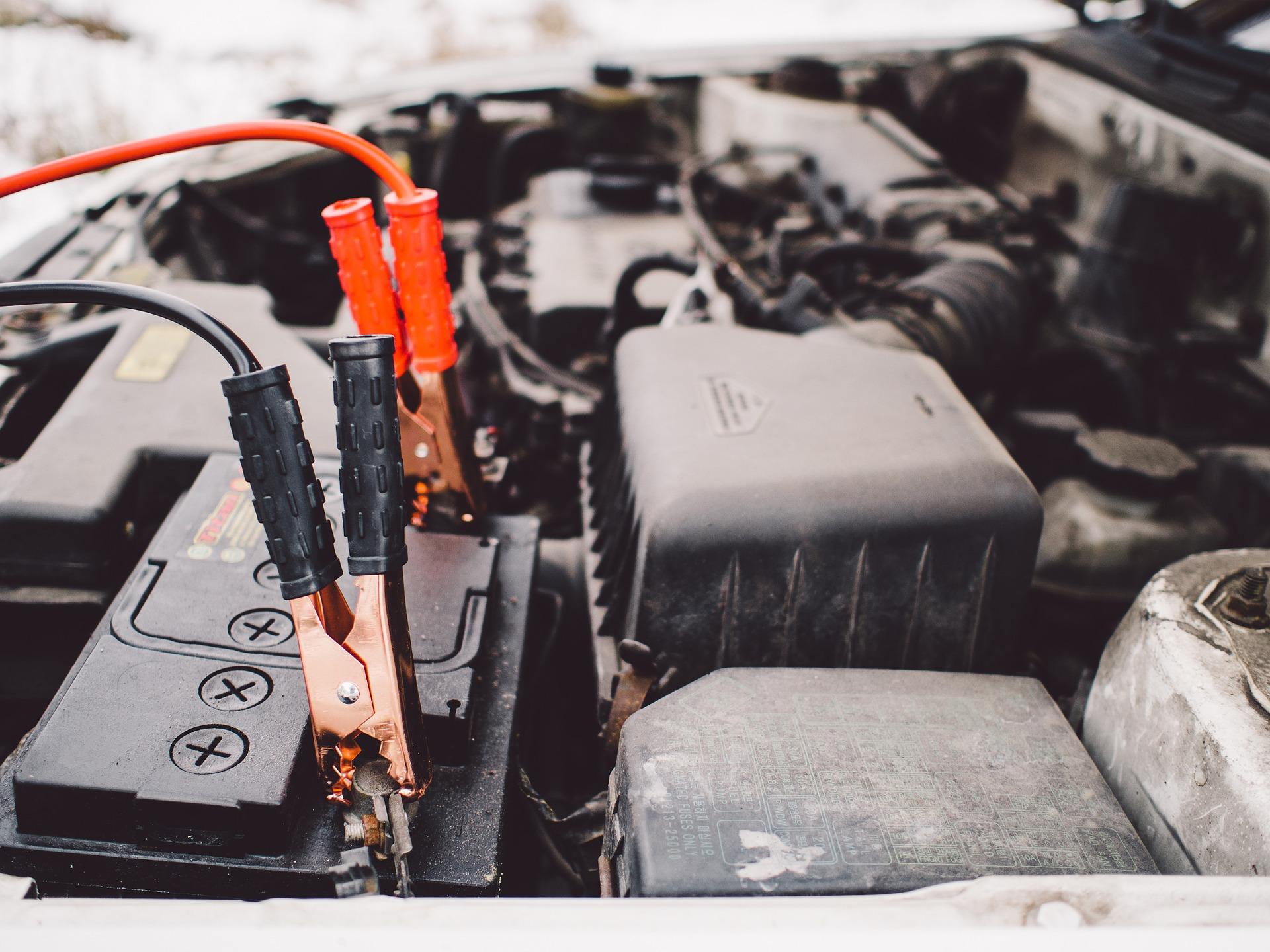Cuando debemos cambiar la bateria del coche - Frenos Bolca